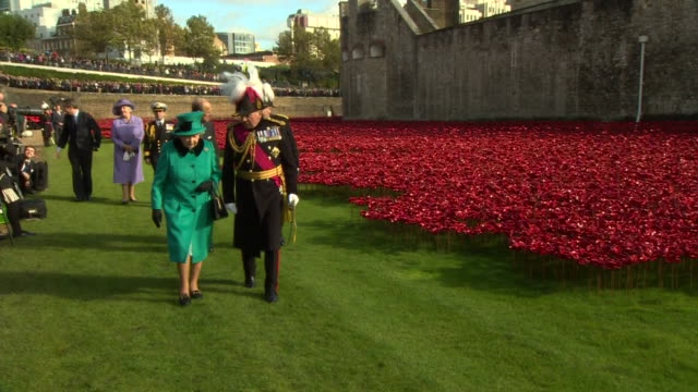 nnpr243r - tower of london stock videos & royalty-free footage