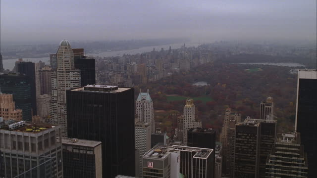rooftop h-d of central park & new york city - central park manhattan stock videos & royalty-free footage