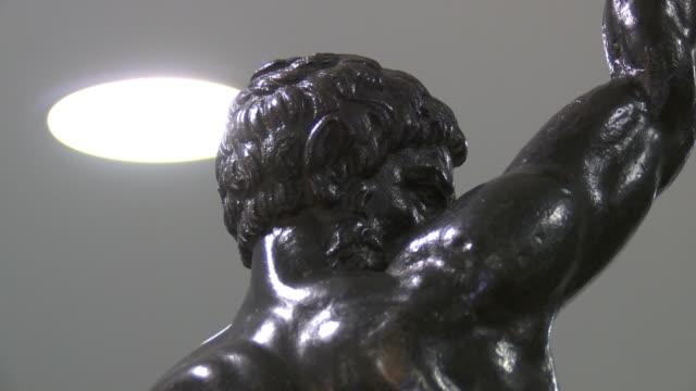 nnpr918y) - michelangelo artist stock videos & royalty-free footage