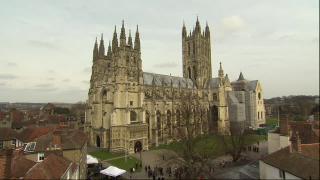 nnpr335p) - canterbury cathedral stock videos & royalty-free footage