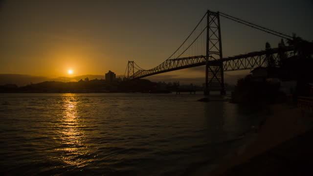 vídeos de stock, filmes e b-roll de sts_fln_119 hercilio luz bridge - ponte