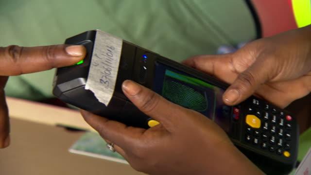 nnbd838a - fingerprint stock videos & royalty-free footage