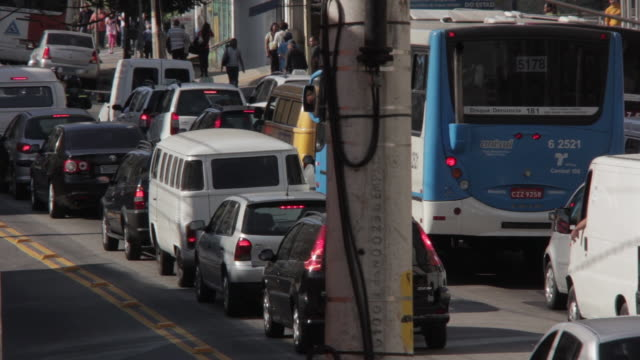 stockvideo's en b-roll-footage met traffic sao paulo - zuid amerika
