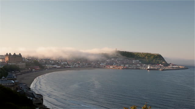 south bay and harbour - scarborough inghliterra video stock e b–roll