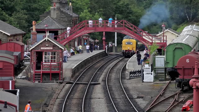 class 55 55022 royal scots grey engine - footbridge stock videos & royalty-free footage