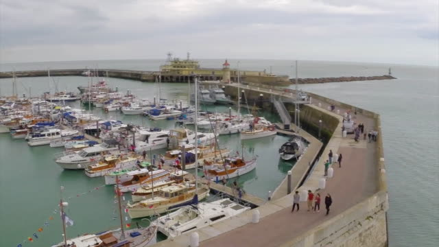 nnbr879j - ramsgate stock videos & royalty-free footage
