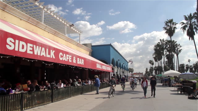 SIDEWALK CAFE AND VENICE BOARDWALK