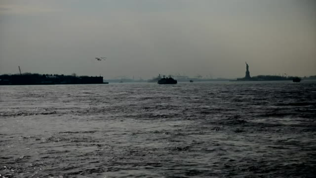 abla583a - new york harbor stock videos & royalty-free footage