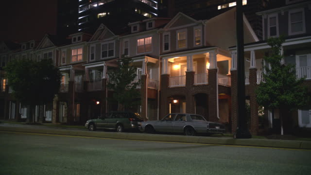 n/x 3 - story row house apartment (actually 16th st. nw, atlanta, ga - テラスハウス点の映像素材/bロール