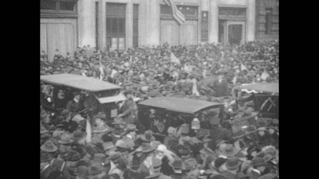 Cheering Crowds Celebrate WWI Armistace in NYC