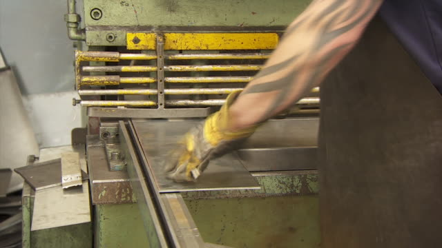 stockvideo's en b-roll-footage met nnps344r - menselijke arm
