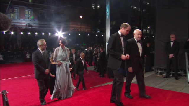 stockvideo's en b-roll-footage met abla583a bbc news channel - sam mendes