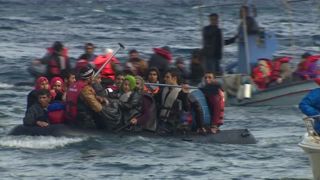nnbi975f) - refugee stock videos & royalty-free footage