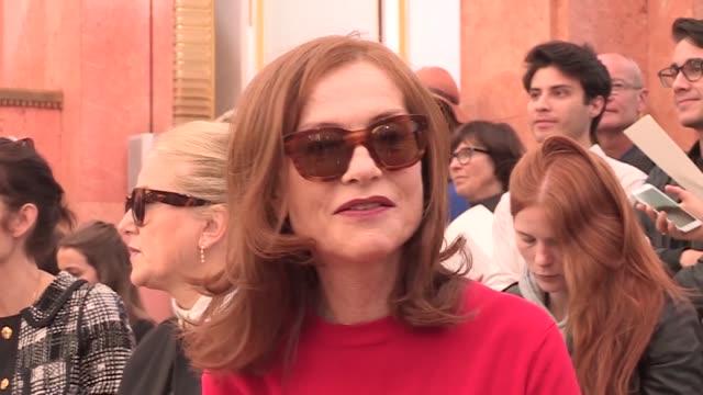 vidéos et rushes de fashion show paris fashion week ready to wear spring summer 2016 - semaine de la mode