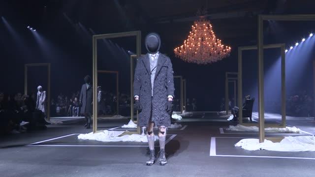 thom browne fashion show | full report | menswear fall winter 2016 | paris fashion week - 既製服点の映像素材/bロール
