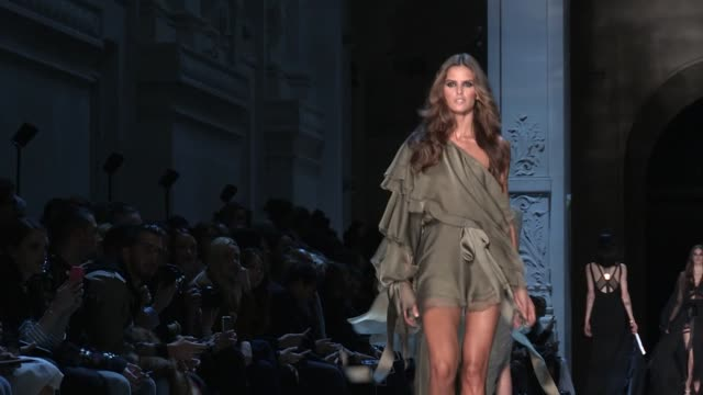 izabel goulart   alexandre vauthier fashion show   paris fashion week - izabel goulart stock videos & royalty-free footage