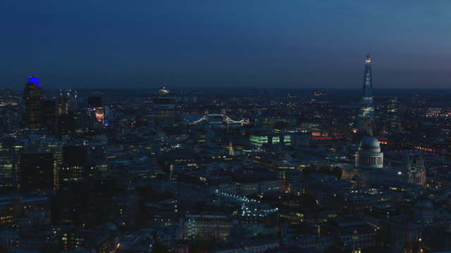 n/x aerial london, circle around cannon street station from st. paul's to shard - tower bridge stock videos & royalty-free footage