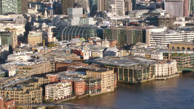 aerial london circling cannon street station - river thames stock videos & royalty-free footage