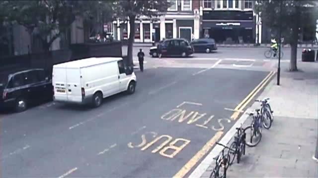 vidéos et rushes de d/x london surveillance camera footage - caméra de surveillance