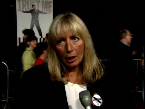 penny marshall talks says she always tells the truth - penny marshall stock videos & royalty-free footage