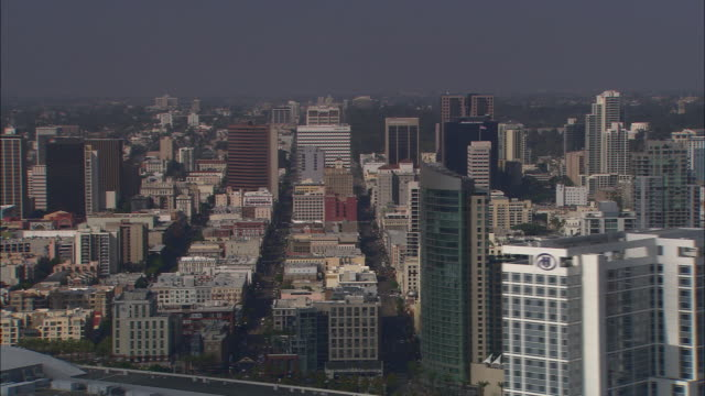 AERIAL OF SAN DIEGO CITY SKYLINE. HIGH RISE OFFICE AND APARTMENT BUILDINGS.