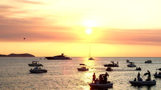 サンダウン イビサ - イビサ島点の映像素材/bロール