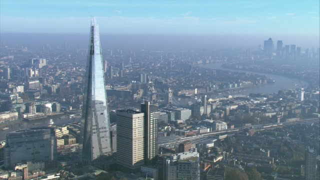 news rushes lib/moody london aerials/1630/5/12 abra943d - day stock videos & royalty-free footage