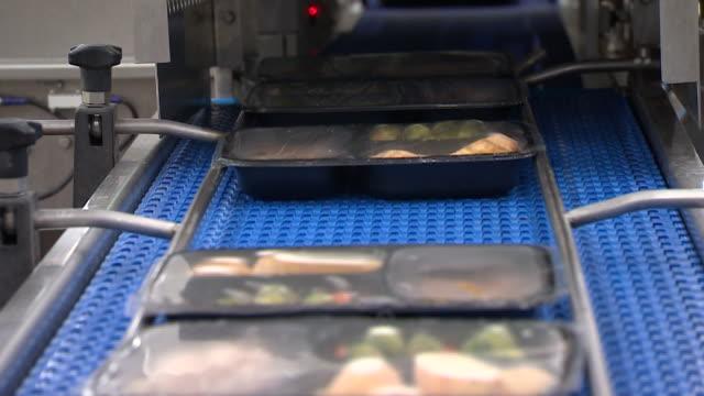- インスタント食品点の映像素材/bロール