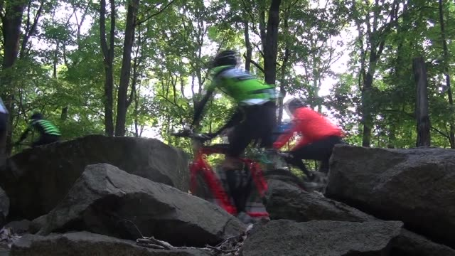 thousands of cyclists ride along the henry hudson drive and up the alpine hill 100 mile race distance - race distance stock videos & royalty-free footage
