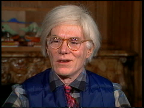 1980 close up andy warhol speaking at an interview at the factory studio ny new york / audio - 55 59 jahre stock-videos und b-roll-filmmaterial