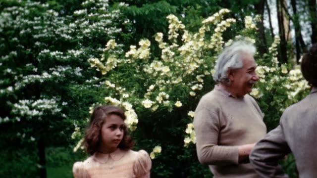 stockvideo's en b-roll-footage met  - albert einstein