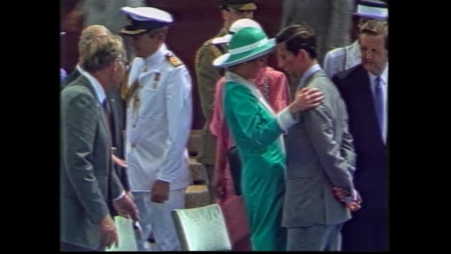 royal barge arrives / prince charles and princess diana on board / charles and di off boat to attend australia day bicentenary celebrations at the... - teilnehmen stock-videos und b-roll-filmmaterial