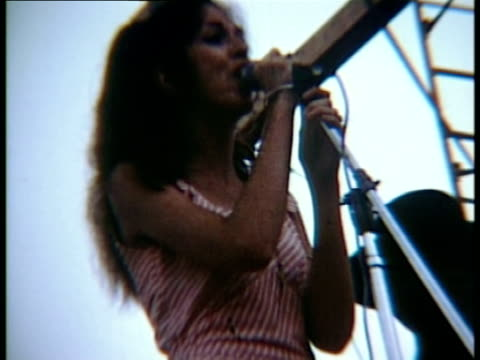 vídeos de stock e filmes b-roll de nancy nevins and albert moore of the band 'sweetwater' performing onstage at the woodstock music festival/ bethel, new york, usa - 1969