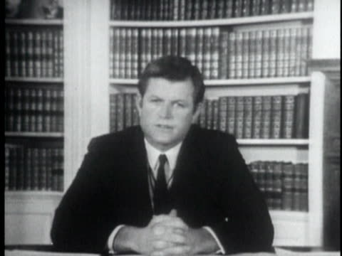 july 25 1969 cu senator ted kennedy explaining chappaquiddick incident and fleaing the accident that killed mary jo kopechne on july 18 1969 /... - hands clasped stock videos and b-roll footage