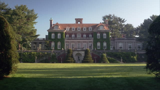 wide angle establish of old westbury gardens. see georgian-style, multi-story mansion with twin staircases leading up on either side. - old westbury stock videos and b-roll footage