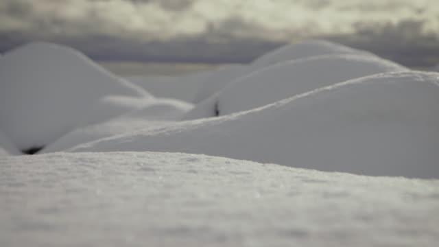 lofoten islands. snow trasfoco - aptenia stock-videos und b-roll-filmmaterial