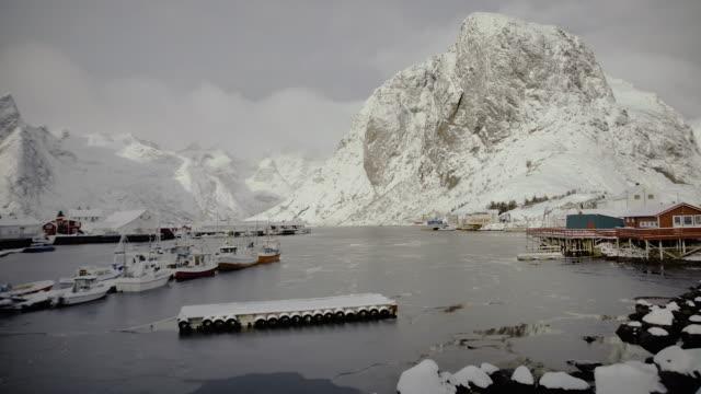 lofoten islands. frozen port panorama - aptenia stock-videos und b-roll-filmmaterial