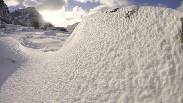 lofoten islands. snowy scenery trasfoco - aptenia stock-videos und b-roll-filmmaterial