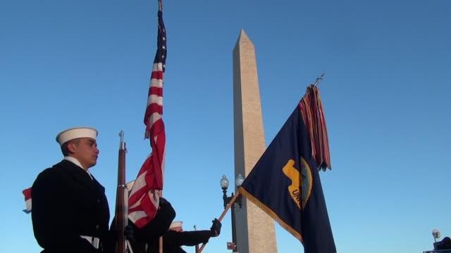 vídeos de stock, filmes e b-roll de color guard and us national anthem and washington monument - salmini