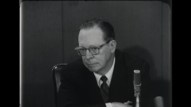 richard nixon election officials accuse john f kennedy of 'cribbing' in debate - debatte stock-videos und b-roll-filmmaterial