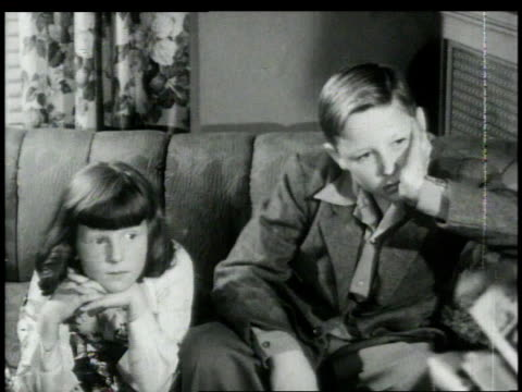 1948 montage  - schwester stock-videos und b-roll-filmmaterial