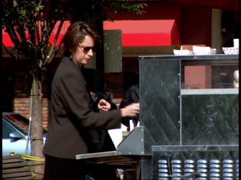. - 2000 2010 stil bildbanksvideor och videomaterial från bakom kulisserna