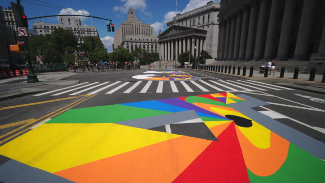 04th july 2020: walk through. black lives matter murals appear along centre street between worth street in lower manhattan in front of courthouse.... - stato di emergenza video stock e b–roll