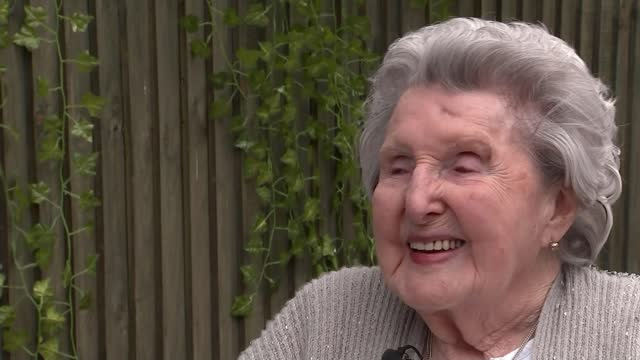 year-old wwii veteran claims medals 75 years after service; england: essex: ext jacqueline dyde interview sot cutaway reporter sitting with... - war and conflict stock videos & royalty-free footage