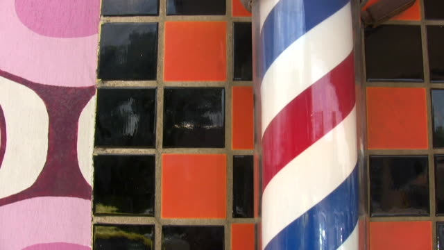 vídeos y material grabado en eventos de stock de hd 1080 i barber polos, 1 - buena condición