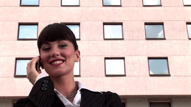 HDV 1080i60: Beautiful businesswoman