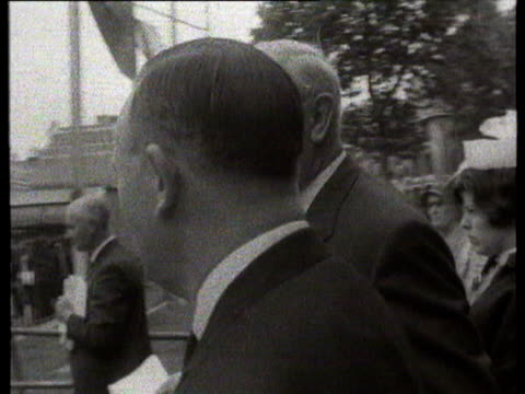 jul-1966 b/w montage eve of kick-off: sir stanley rous with minister of sport dennis howell / london, united kingdom - 1966 bildbanksvideor och videomaterial från bakom kulisserna