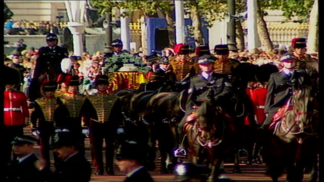 10th anniversary of princess diana's death interview with girl who met princess diana lib london ext princess diana's flagdraped coffin along in... - herzog von edinburgh stock-videos und b-roll-filmmaterial