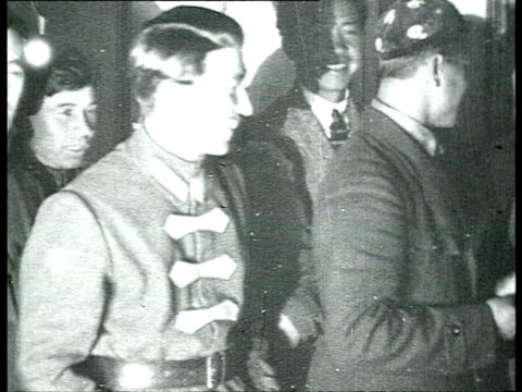 stockvideo's en b-roll-footage met montage 13th bolshevik communist party congress delegates walking through corridor people getting in and out of cars outside kremlin building /... - 1924