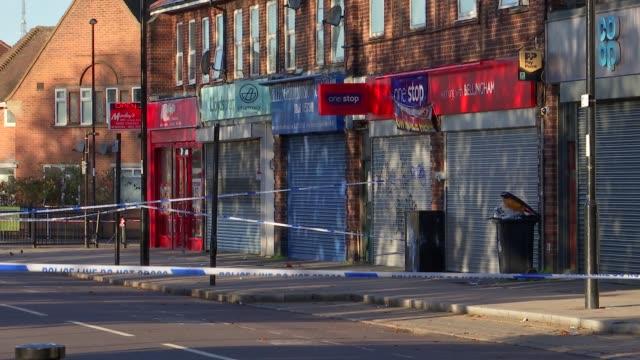 15yearold boy stabbed to death in bellingham uk london lewisham bellingham police car and officers at scene london lewisham bellingham ext police car... - 刺傷事件点の映像素材/bロール